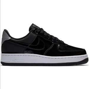 Nike Air Force 1 Low Premium Edition *Like New*